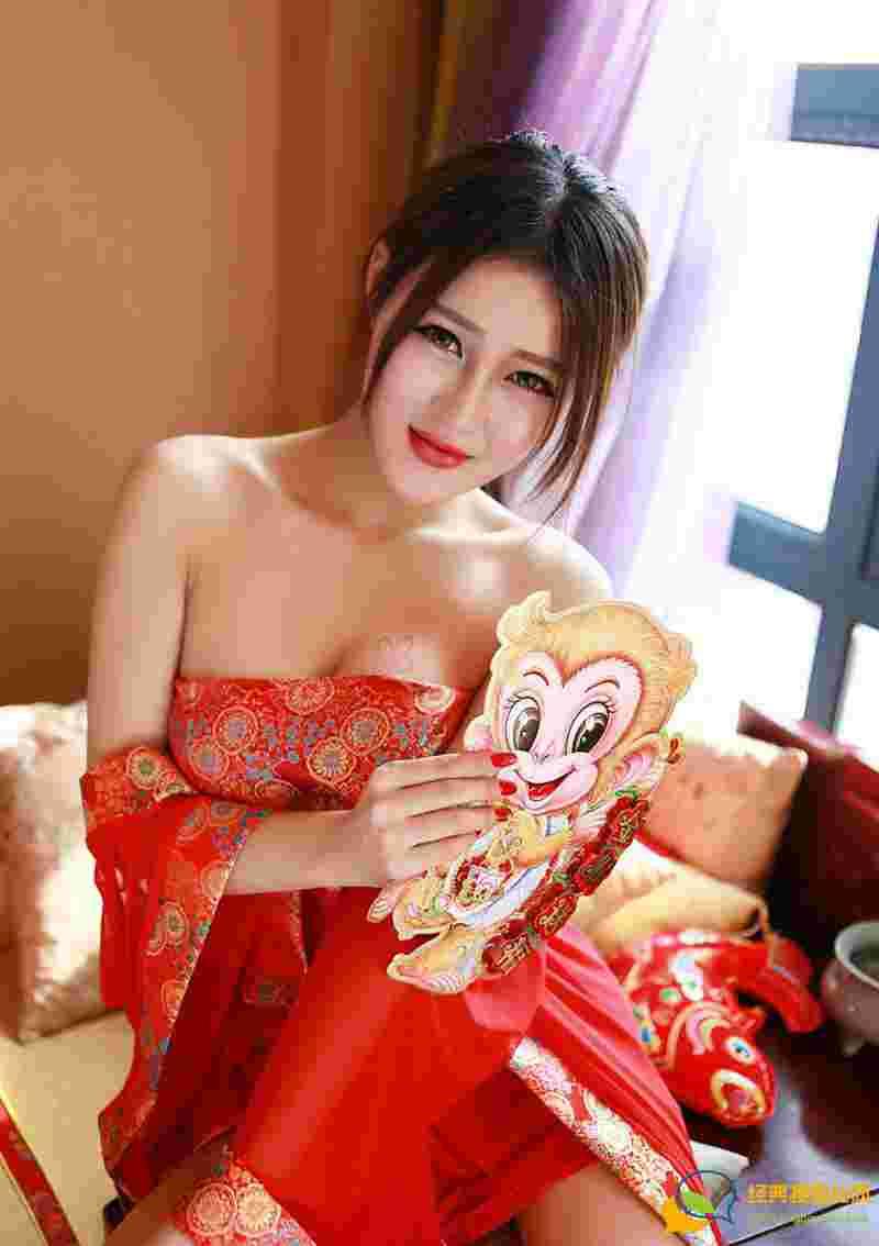 发红包的妖娆性感新年美极致性感诱惑写真