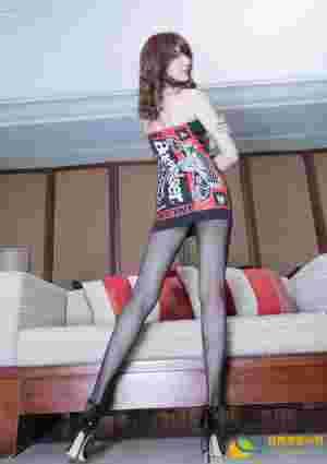 性感娇媚极品少妇Maggie黑丝美腿高跟私房妖娆诱惑写真