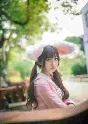 粉嫩兔女郎刘郁歆阳光俏皮唯美写真