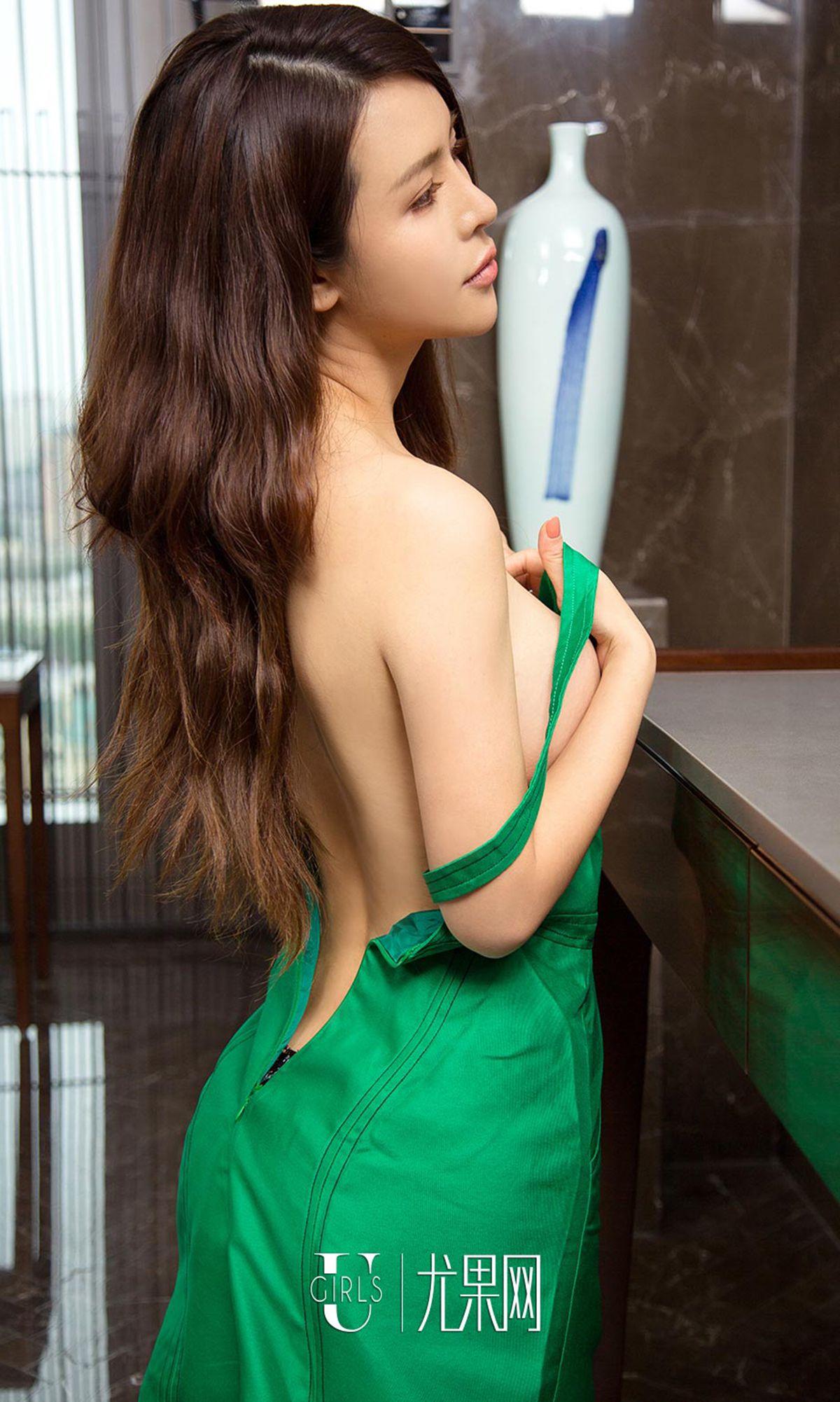 木兰 - 净透白丝 写真图片