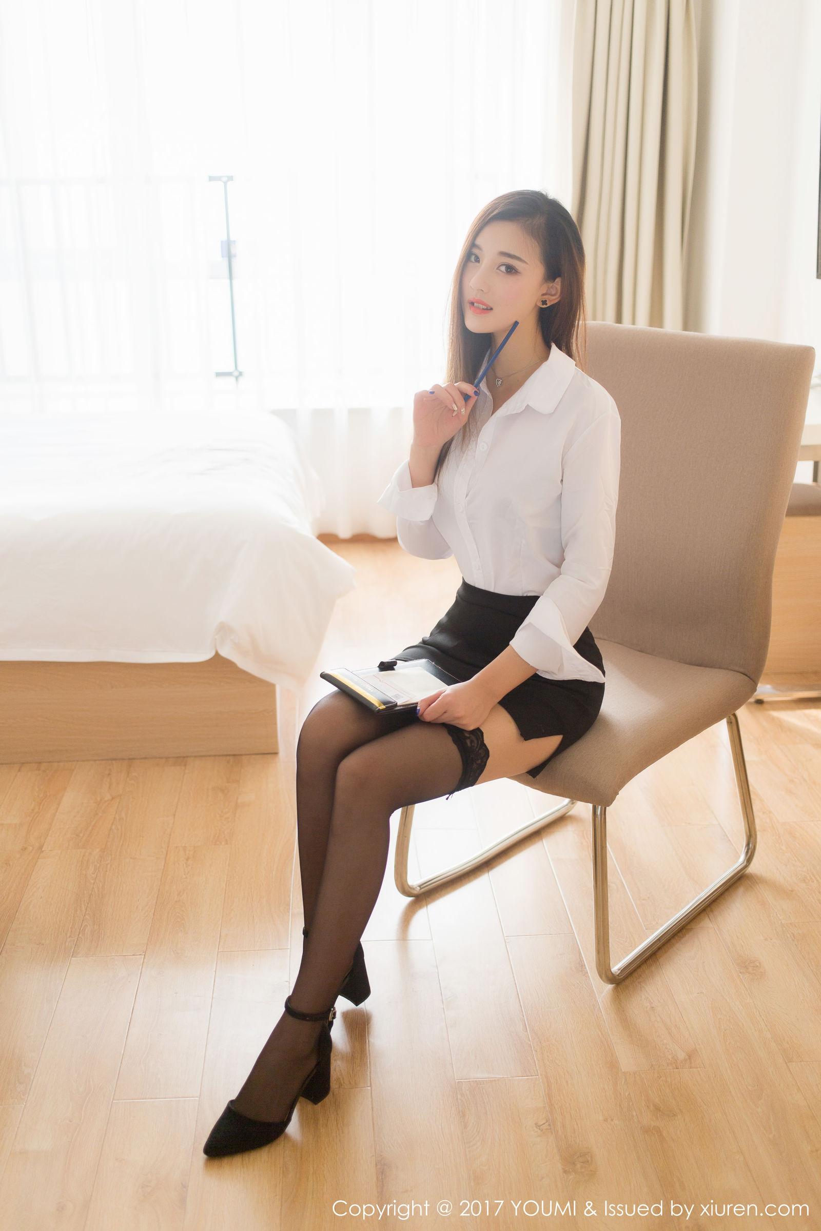 娜娜TINA - 黑丝OL+双马尾学生装