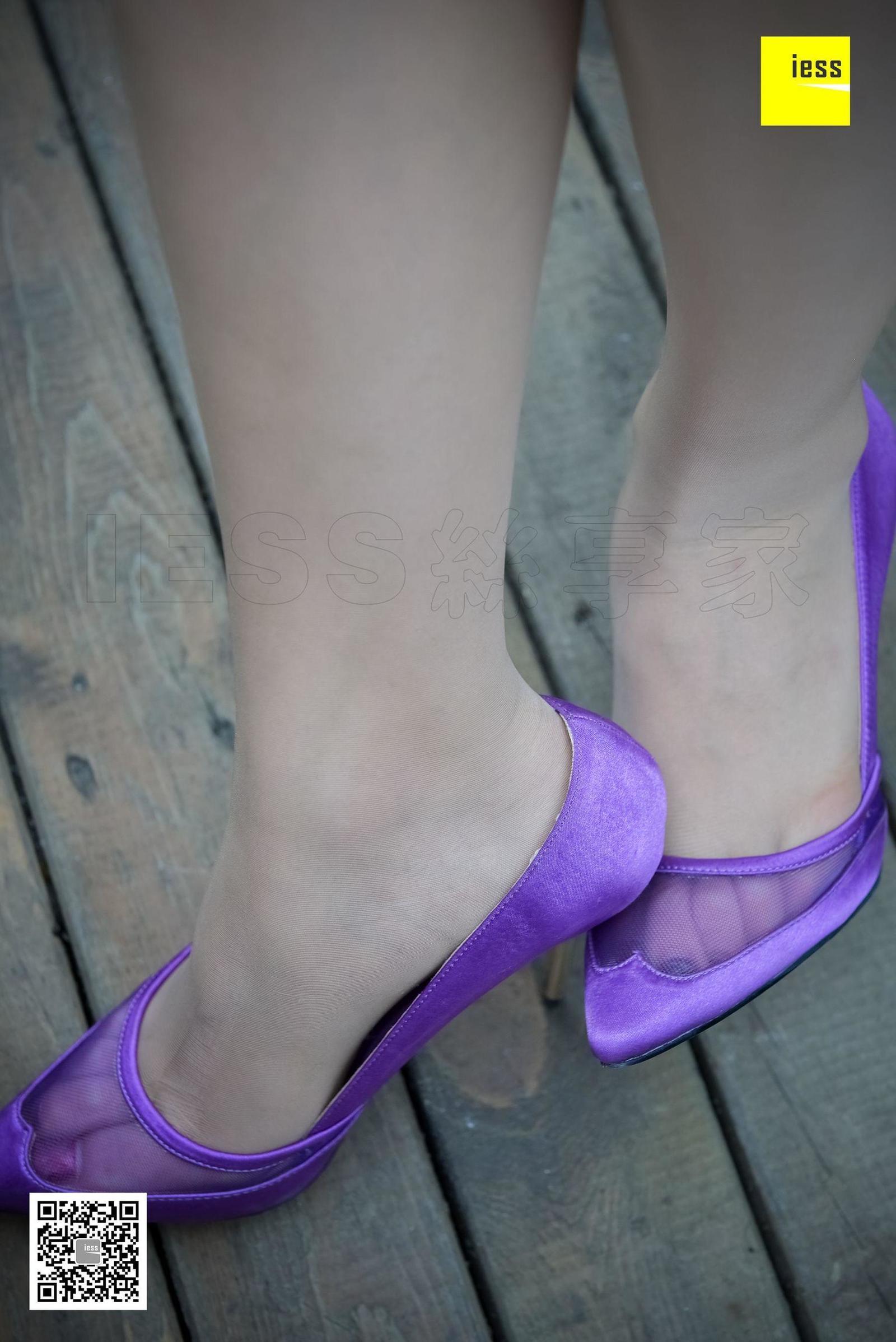七七 《透视趾缝媚紫高跟》写真套图