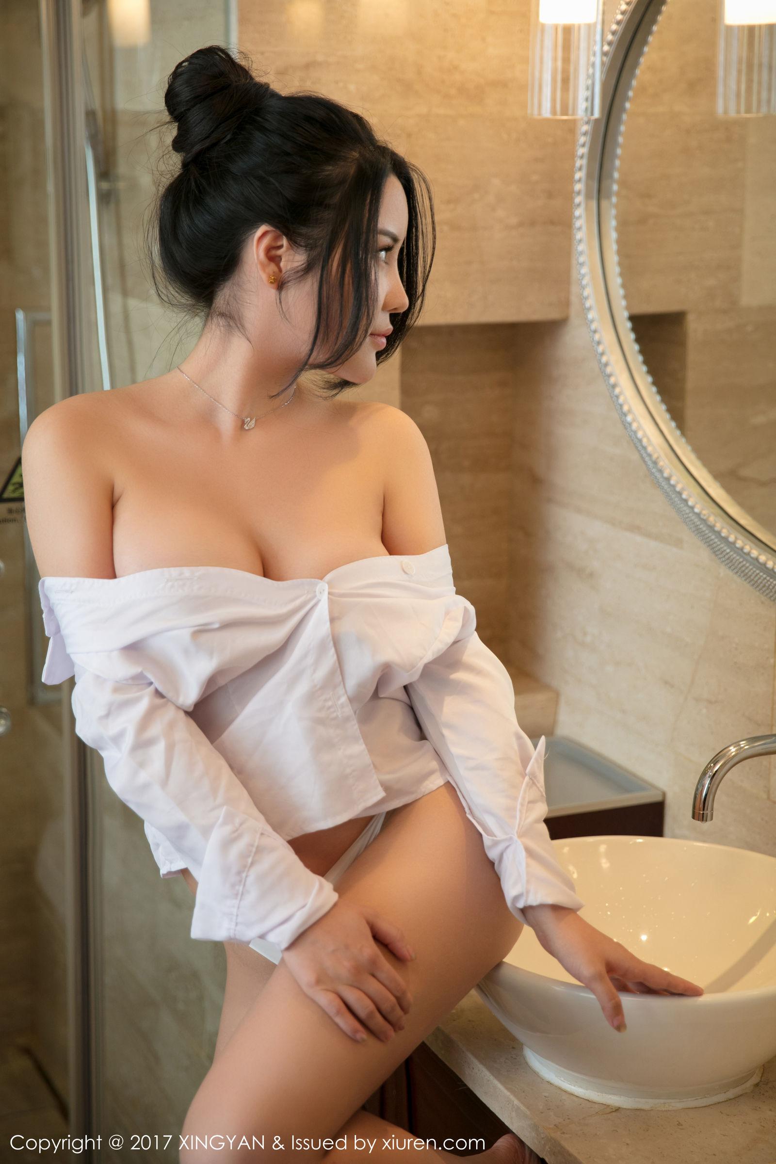 丰胸美臀模特@Sukki性感写真