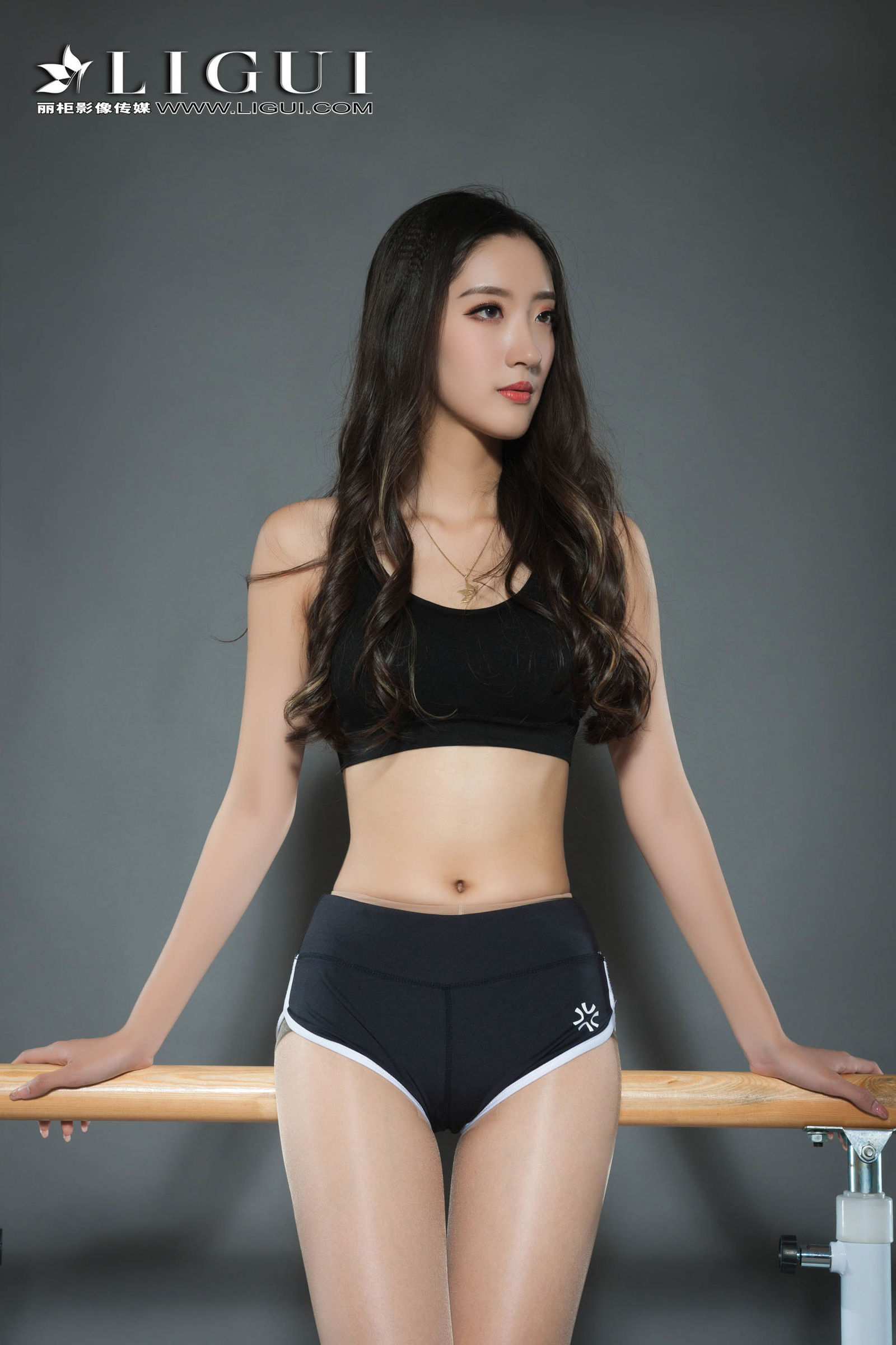 王欣竹 - 健身丝足