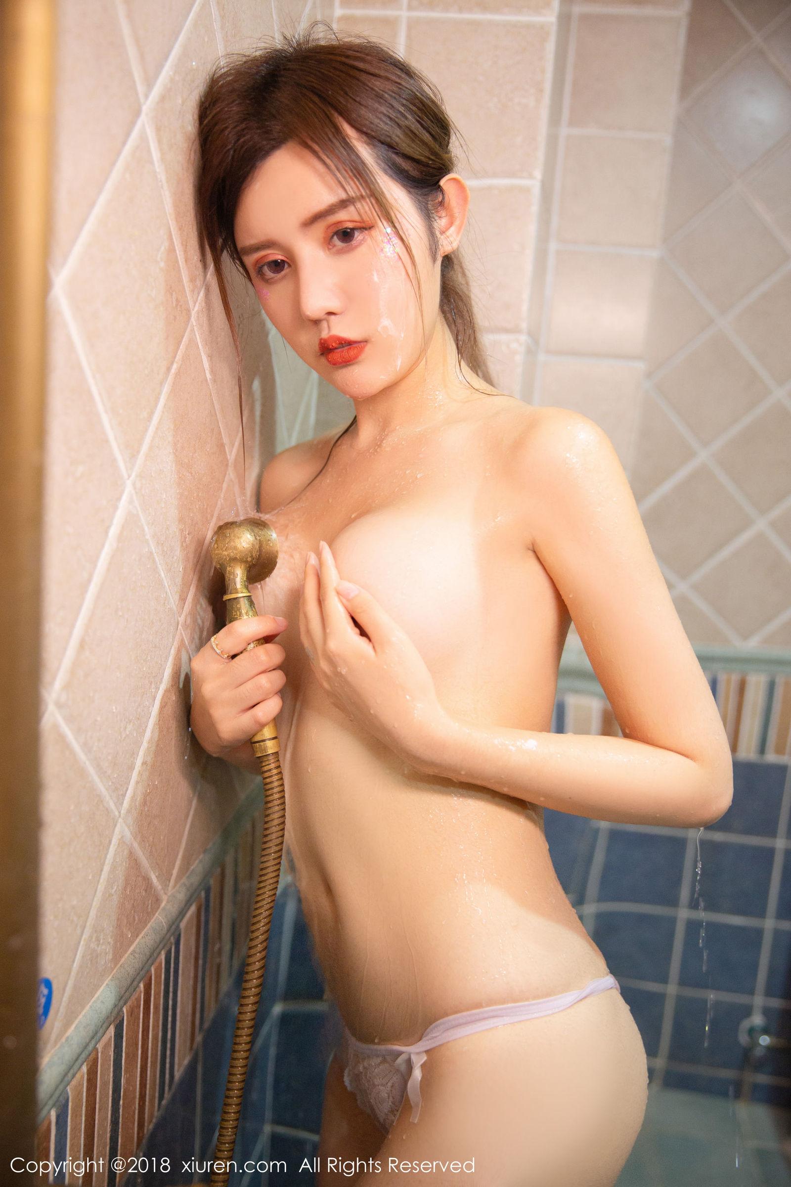 女神@Cris_卓娅祺浴室私房魅惑写真