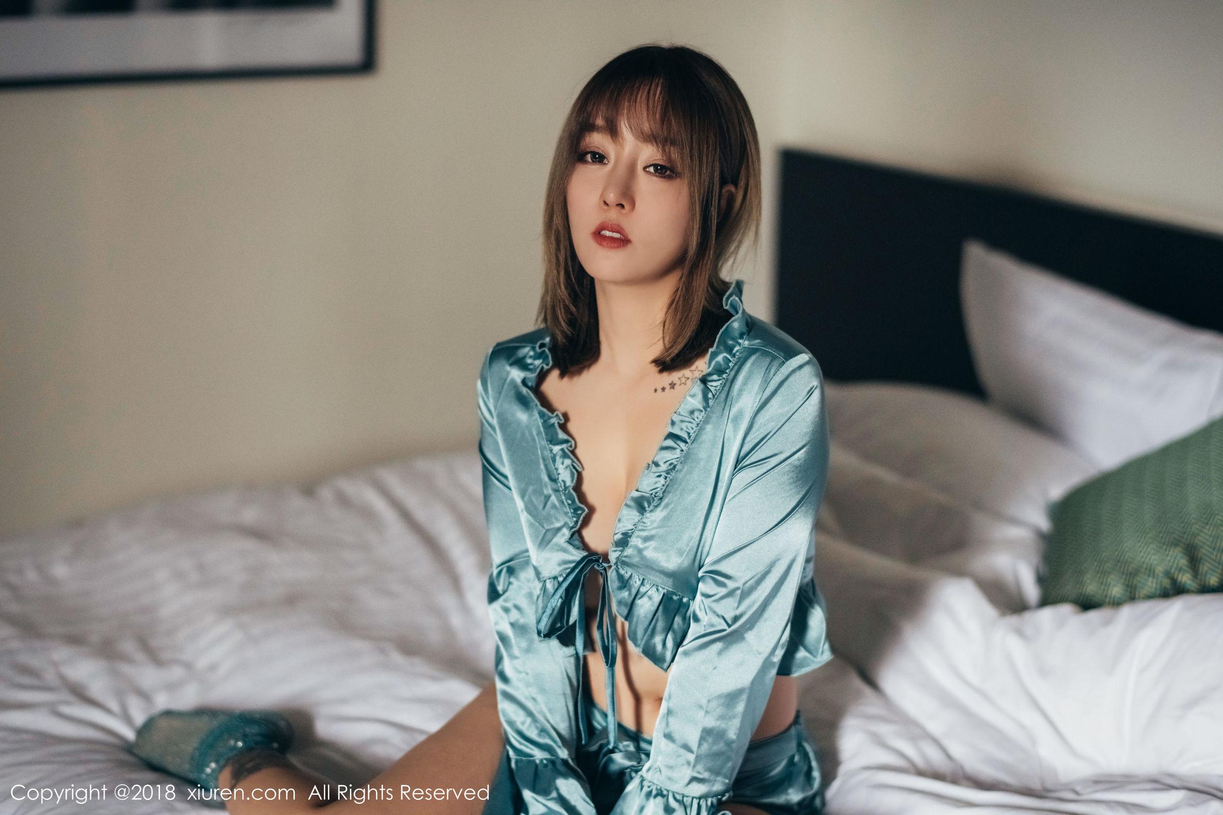 女神@王雨纯第二套性感写真欣赏