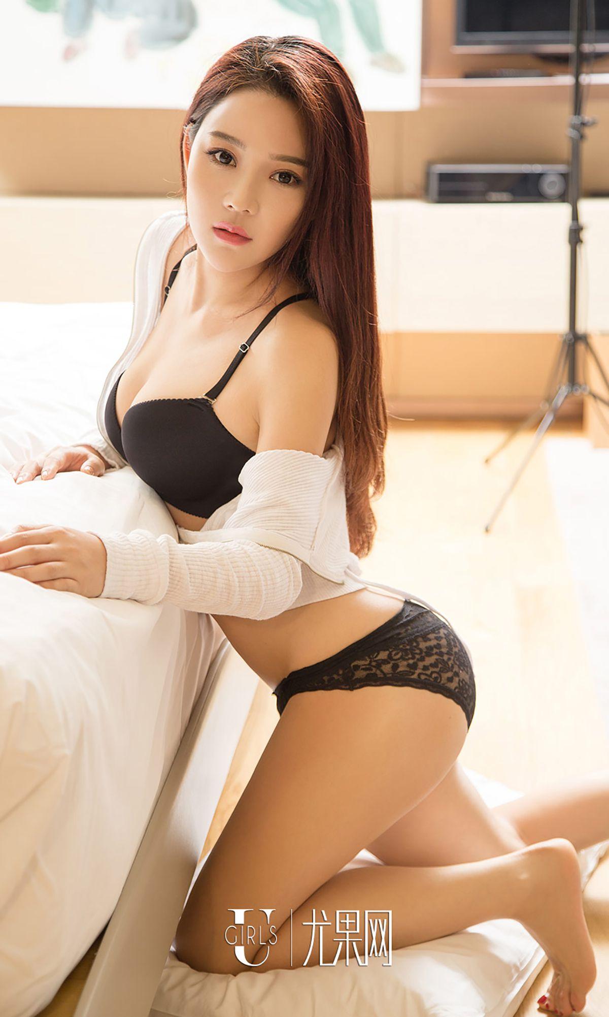 孙菲 - 夏日透粉白
