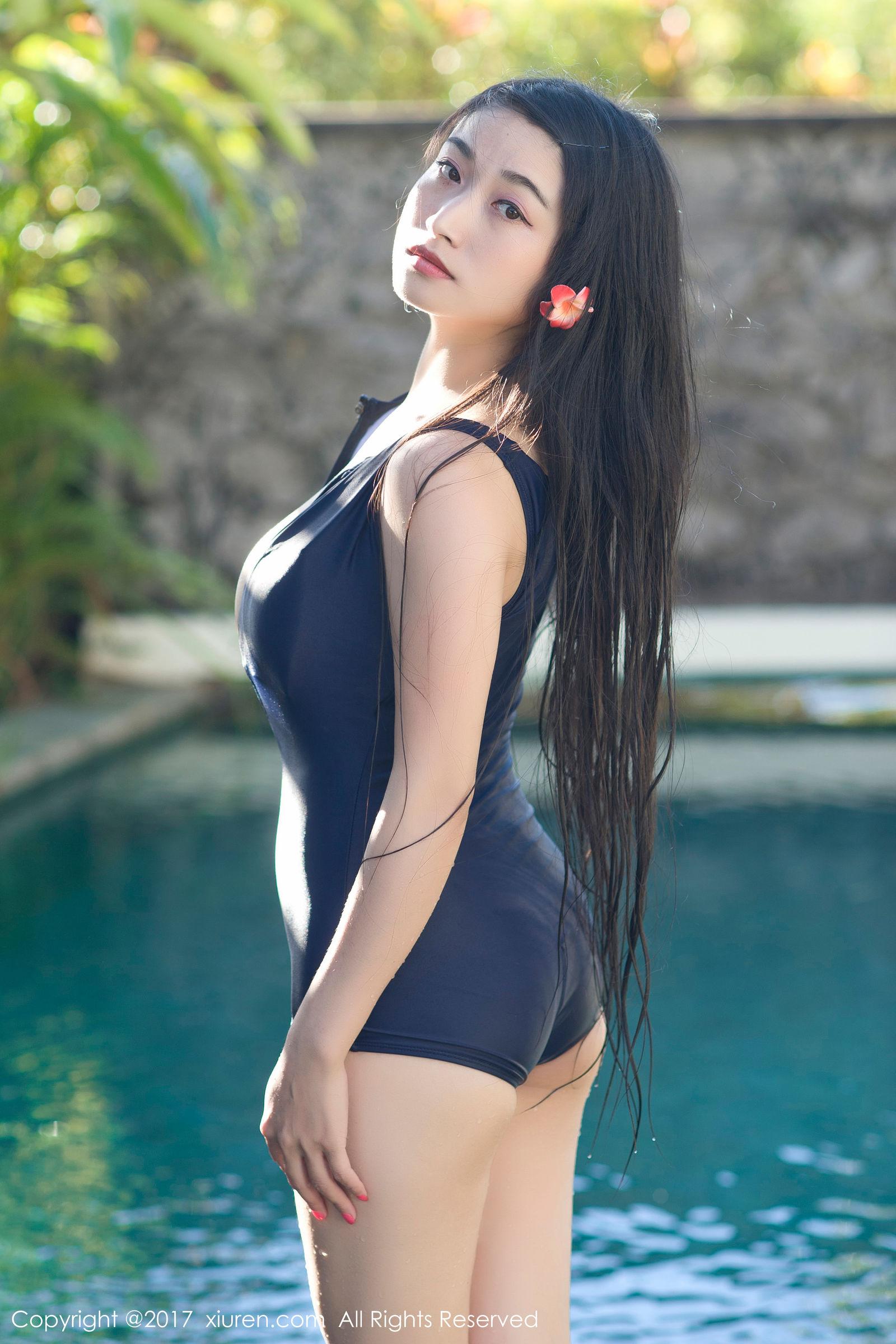 龙女sunny杨玉奴 - 泳池比基尼湿身诱惑