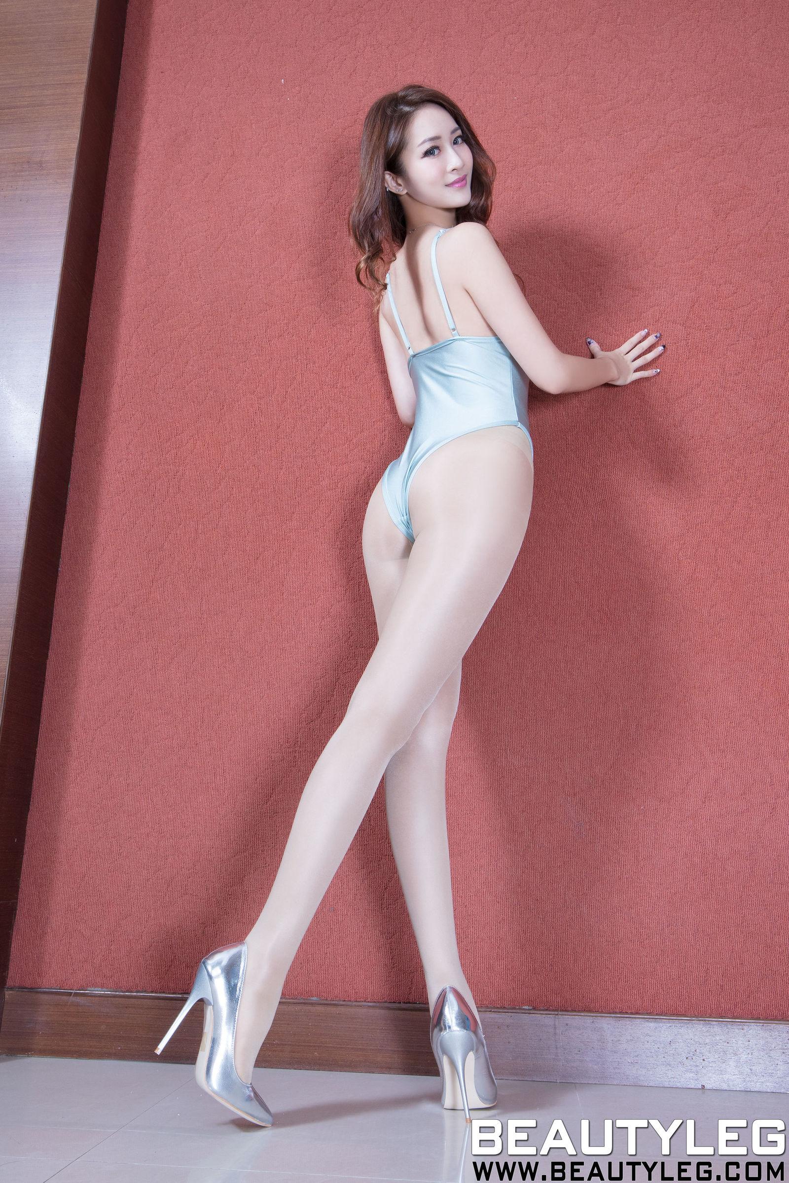 腿模Kaylar康凯乐 - 高跟美腿写真