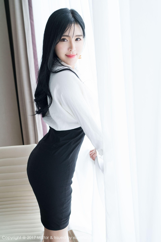 刘钰儿 - 性感OL写真
