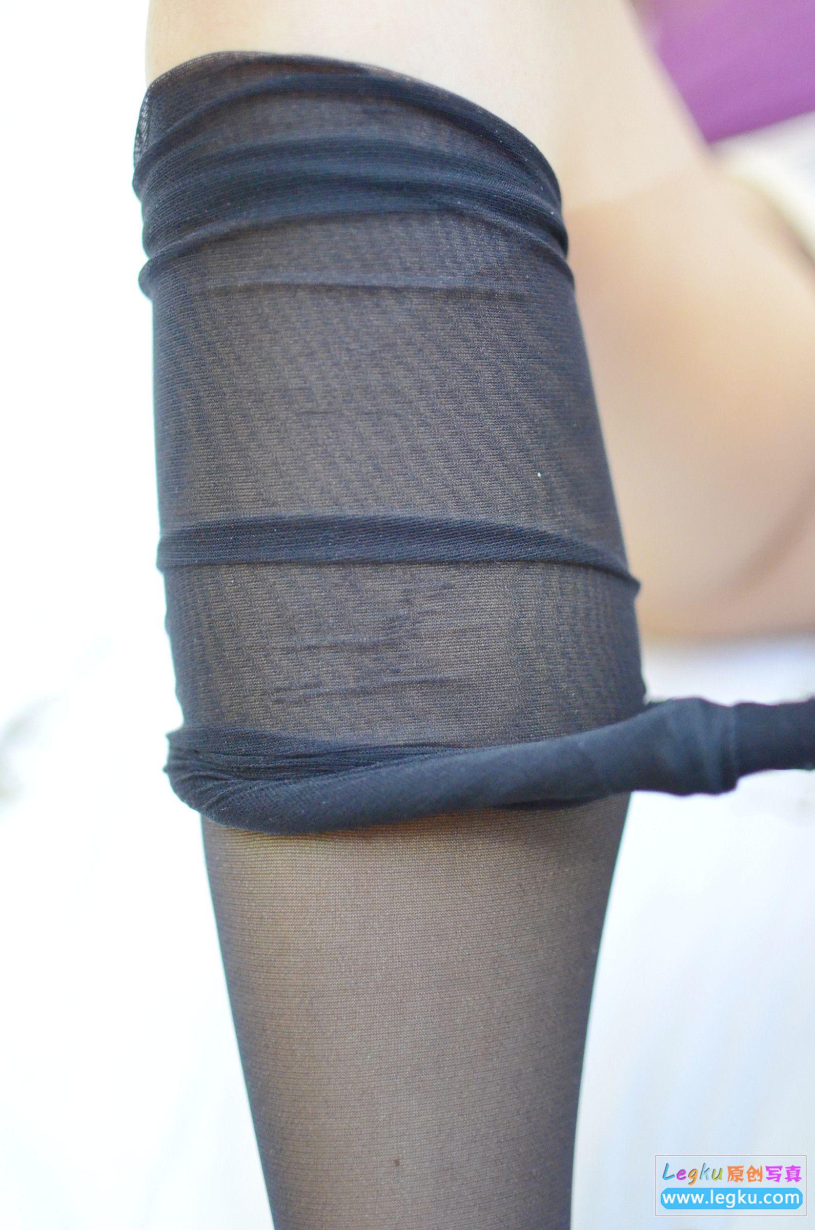 黑丝袜诱惑 写真套图
