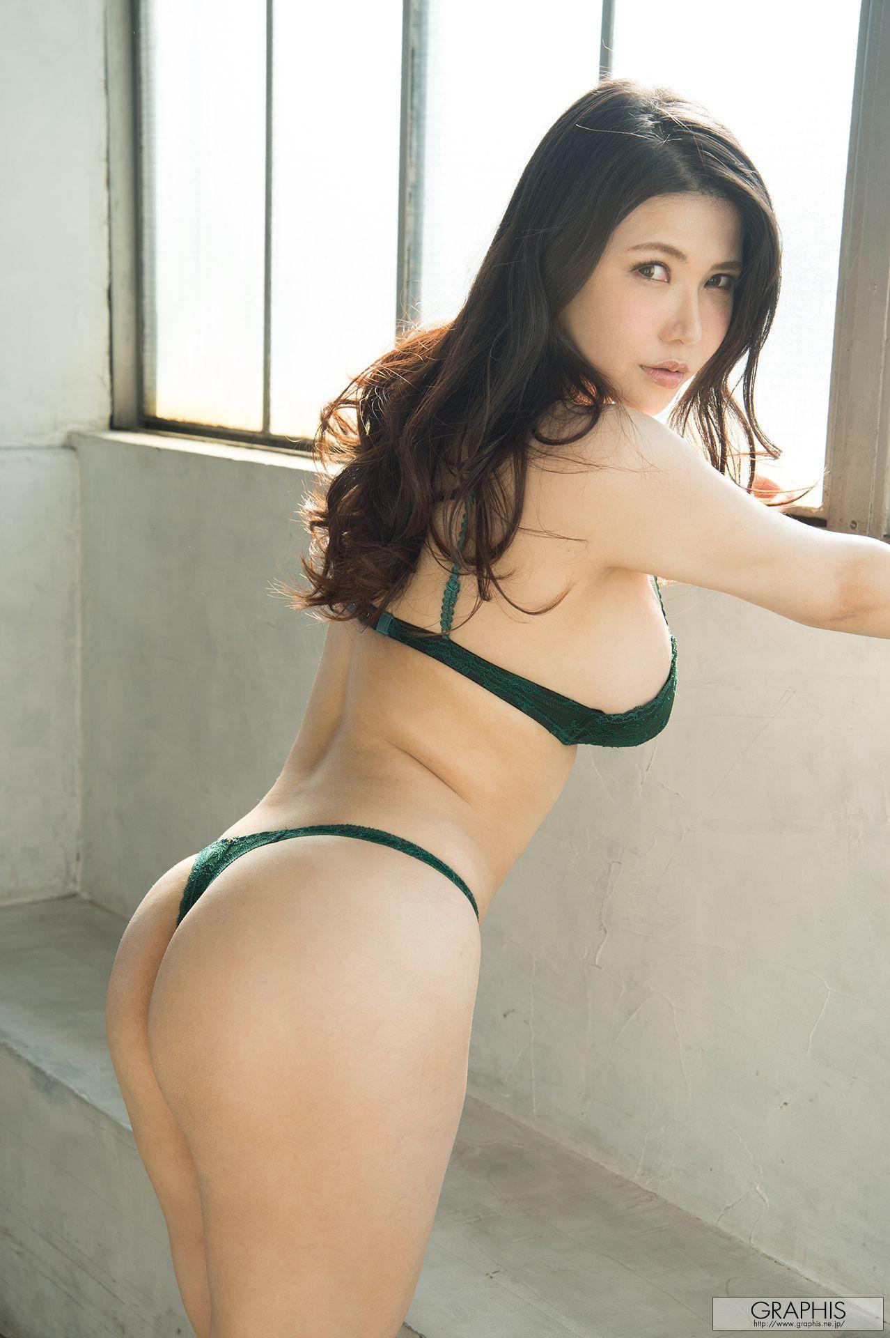 Anri Okita 冲田杏梨 『Console』