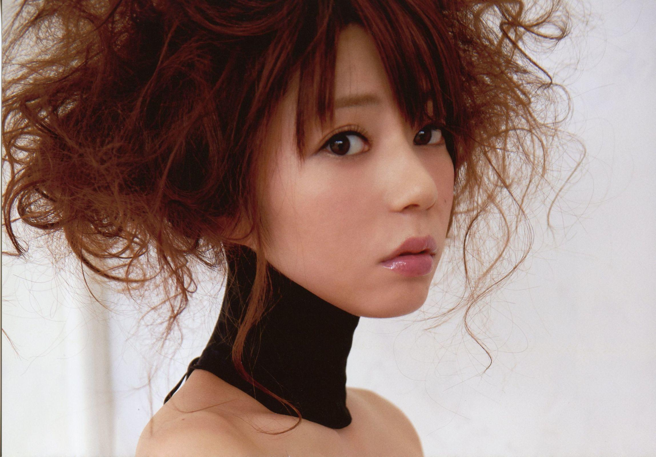 芳賀優里亜芳贺优里亚 Yuria Haga 「赤×ピンク」写真集
