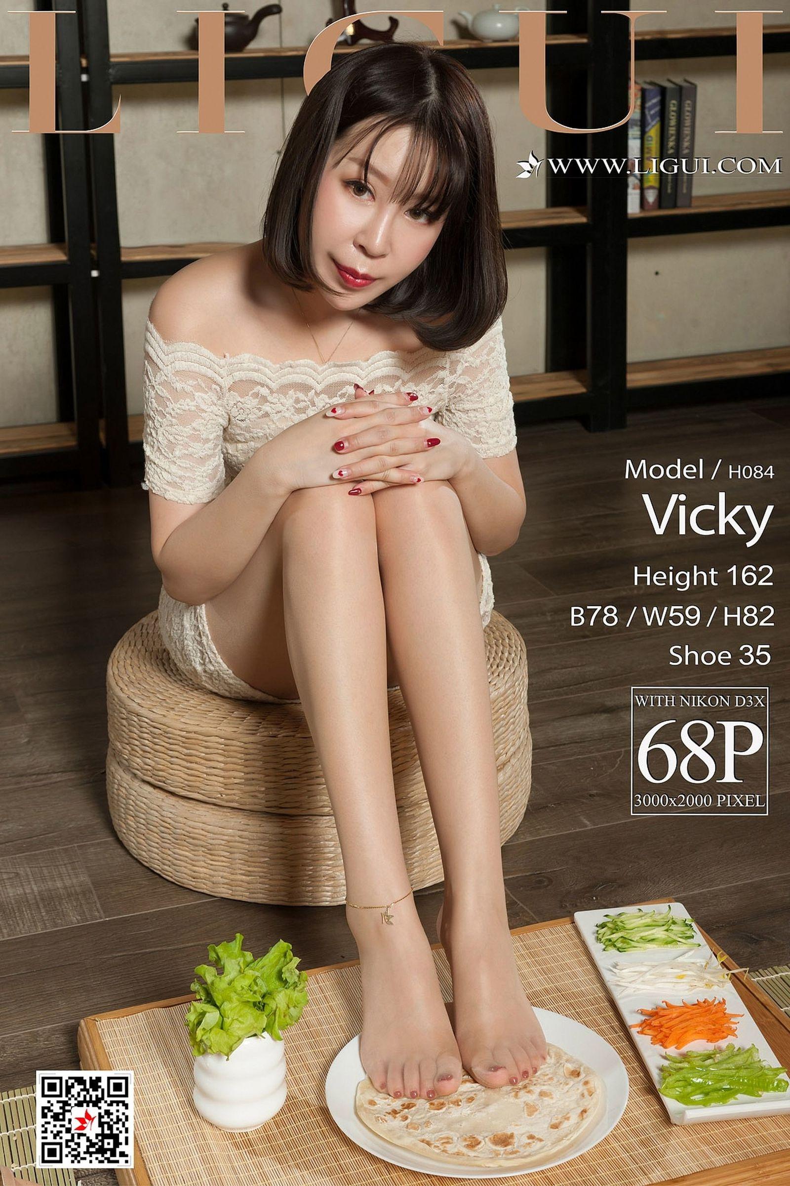 腿模Vicky 丝袜美腿丝足写真