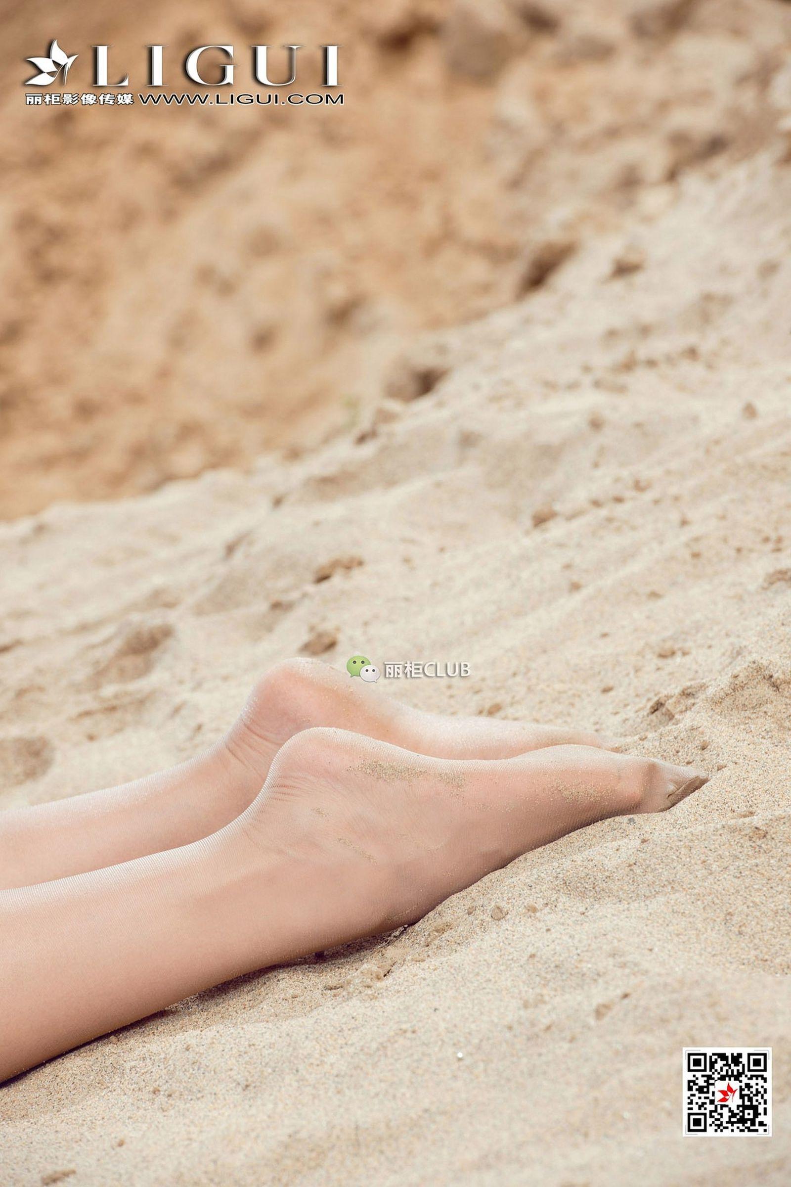 腿模赵纹清 丝袜美腿丝足写真