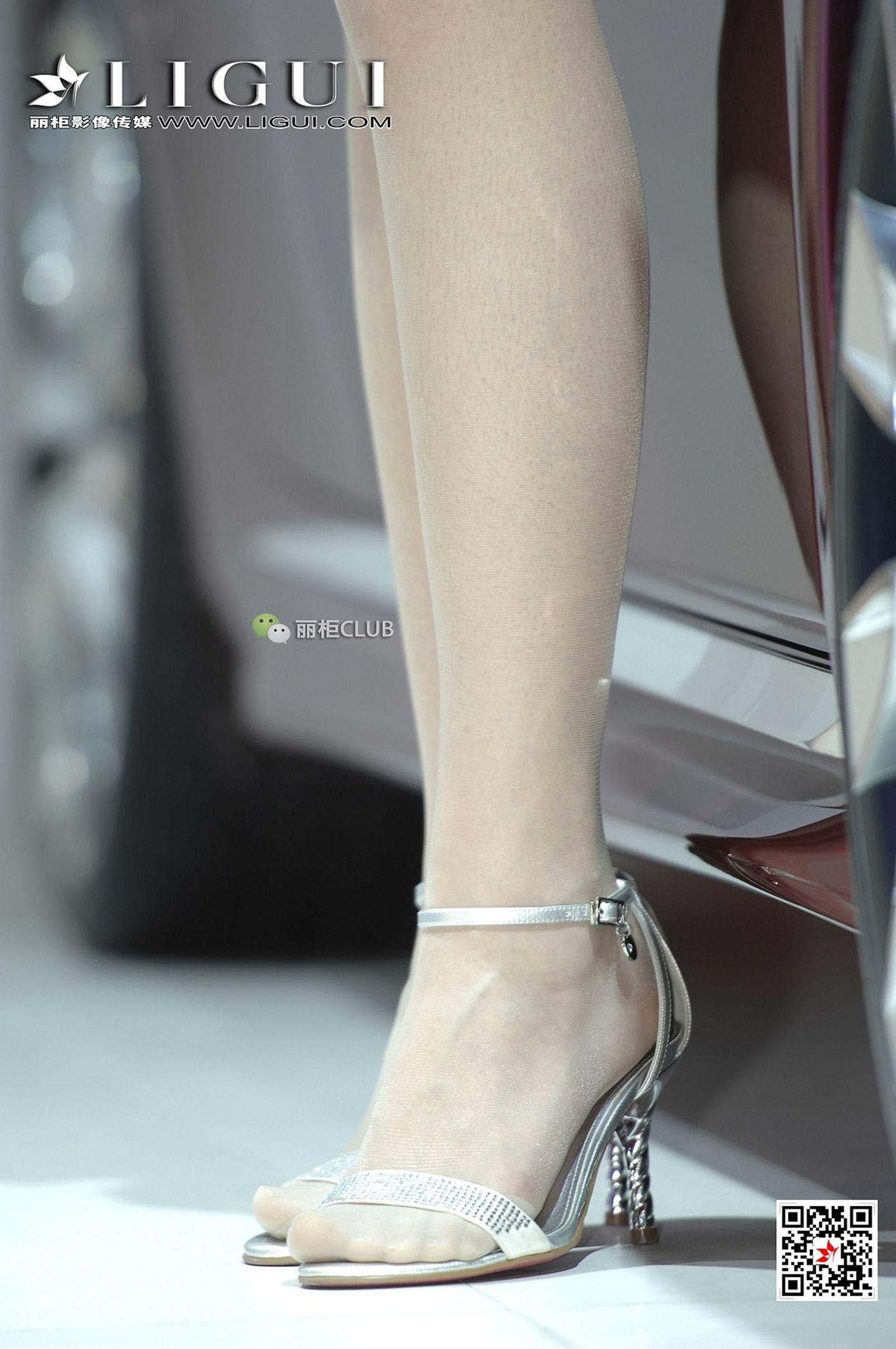 Model 时尚车模  - 美腿丝足写真