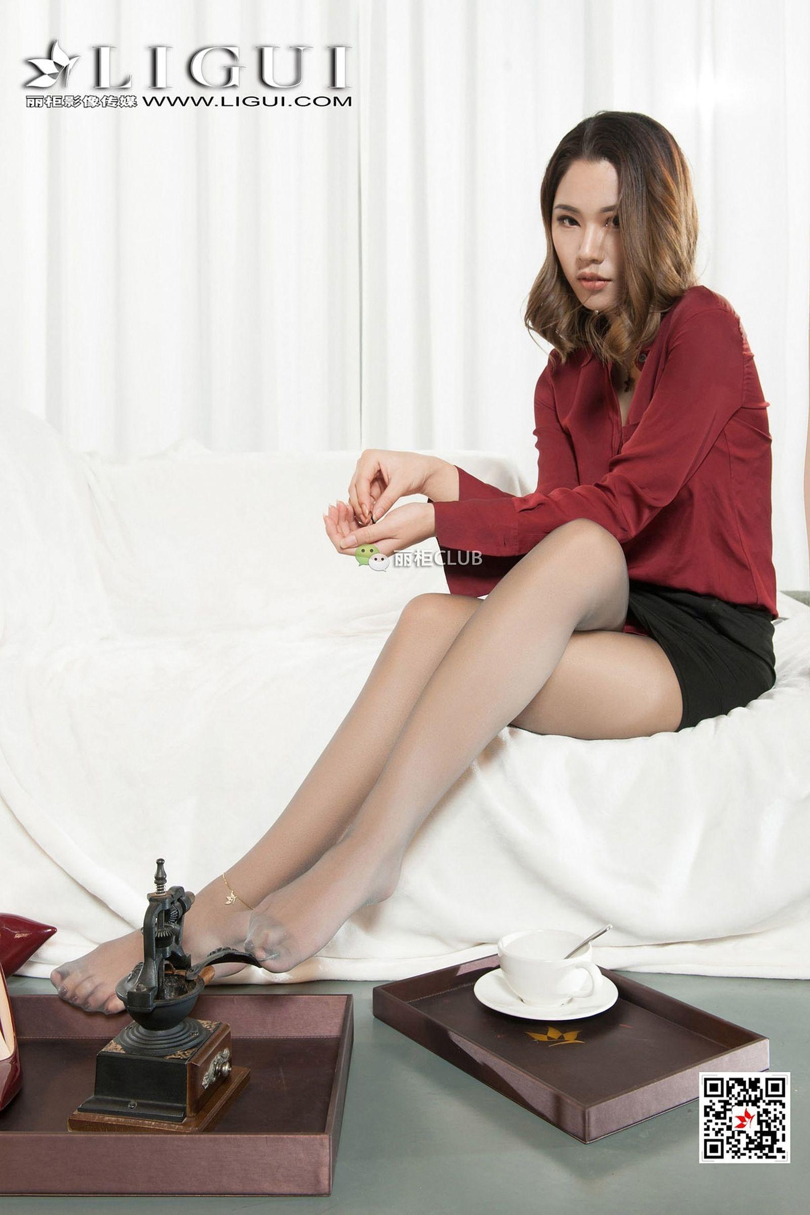 腿模伊一 丝足美腿写真