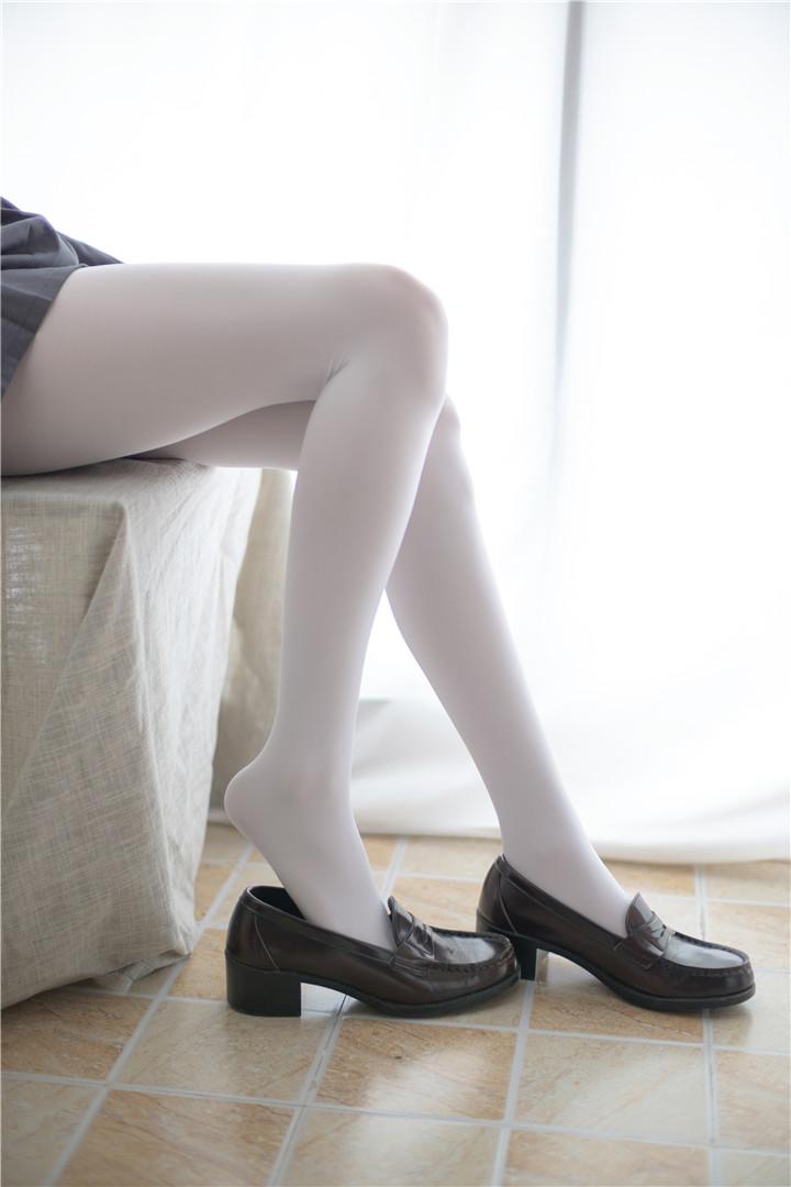 [萝莉控]一只白丝双马尾[94P]