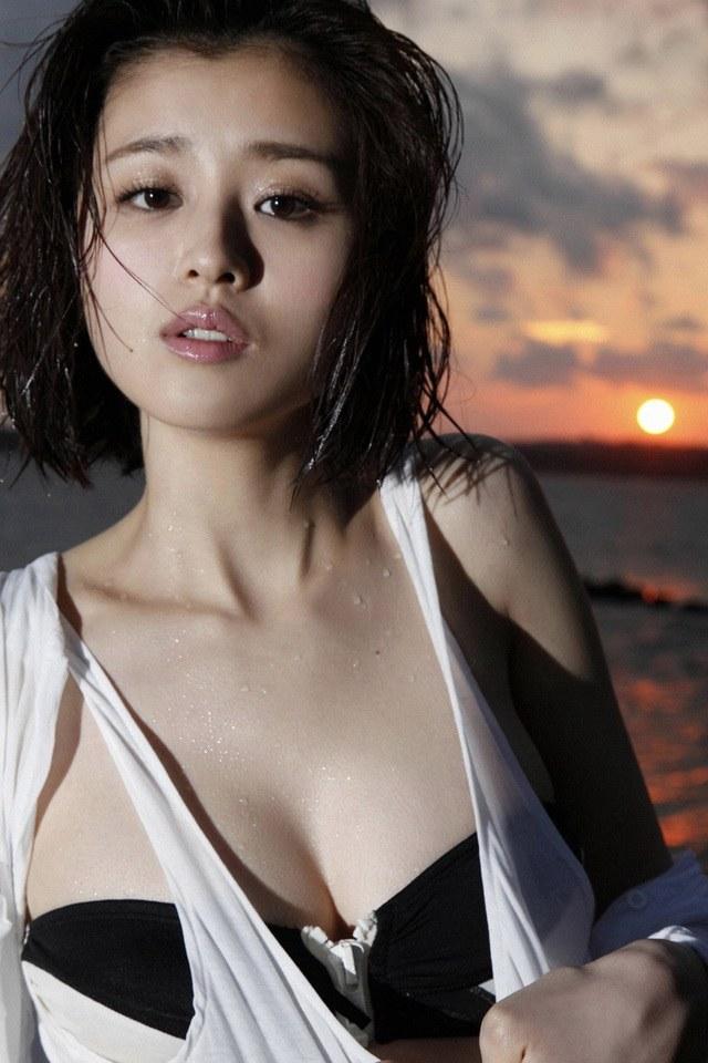 E奶手胸罩模特儿铃木千奈美