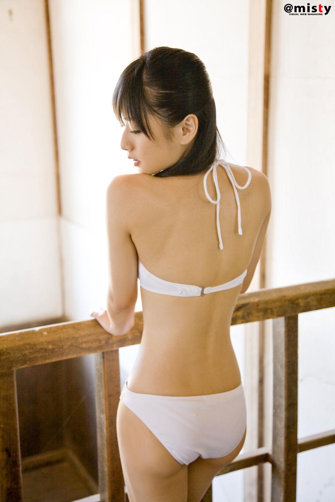 日本女优性感套图